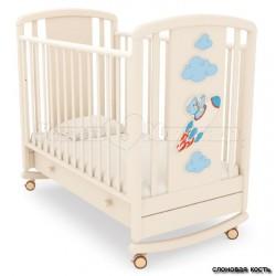 Кроватка для новорожденного Angela Bella Жаклин Мишка на ракете (качалка + колёса + ящик)