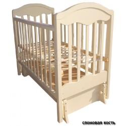 Детская кроватка для новорожденного Мой малыш 11 с универсальным маятником
