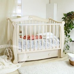 Кроватка для новорожденного Можга Красная звезда Валерия С-708 поперечный маятник + закрытый ящик