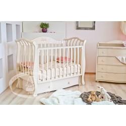 Кроватка для новорожденного Можга Юлиана С-757 Красная звезда продольный маятник + закрытый ящик