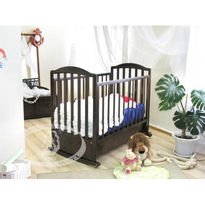 Кроватка для новорожденного Можга Красная звезда Яна С663 качалка + колёса + закрытый ящик