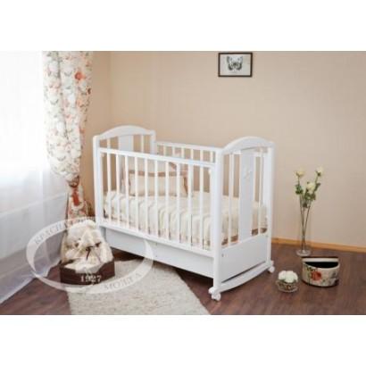 Кроватка для новорожденного Можга Красная звезда Янина С-564 колёса + качалка + закрытый ящик