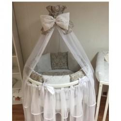 Бортики подушки на кроватку для новорожденных «Дамаск капучино»