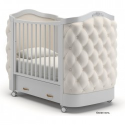 Детская кроватка на колесах Гандылян Тиффани декор пуговицы