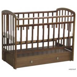 Детская кроватка для новорожденного с закрытым ящиком Фея 313 продольный маятник