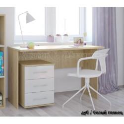 Детский письменный стол Polini