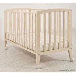 Детская кроватка для новорожденного на колёсиках Angela Bella Бьянка